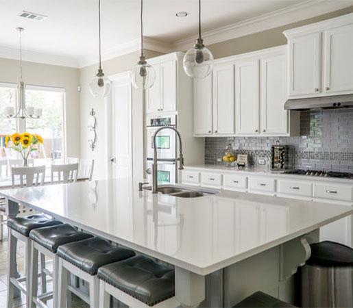 interior-designer-dinning-table